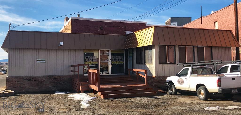 827 S Montana Street Property Photo