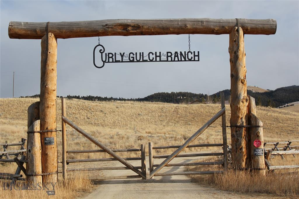 151 Curly Gulch Rd Property Photo