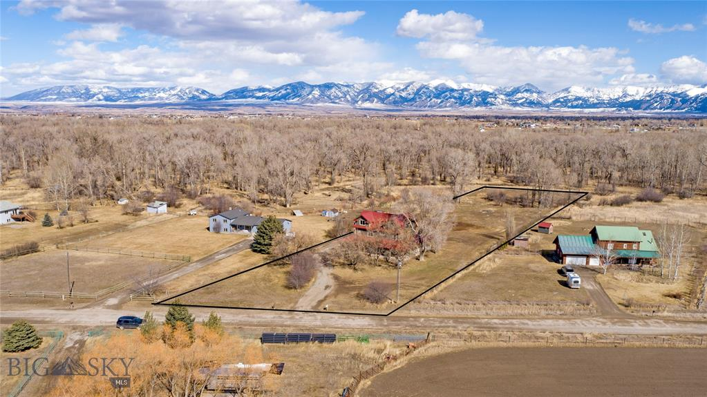 2267 Stagecoach Trail Road Property Photo