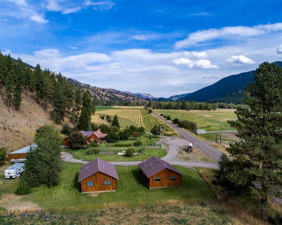 24210 Bonita Ranger Station Road Property Photo - Clinton, MT real estate listing