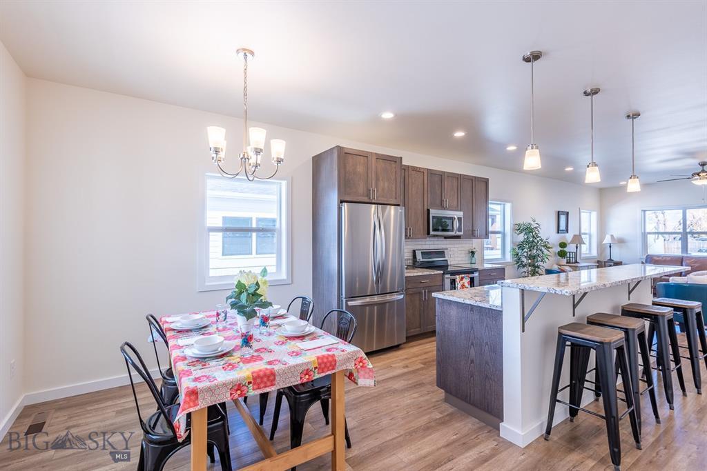 406 S Cedar Street Property Photo