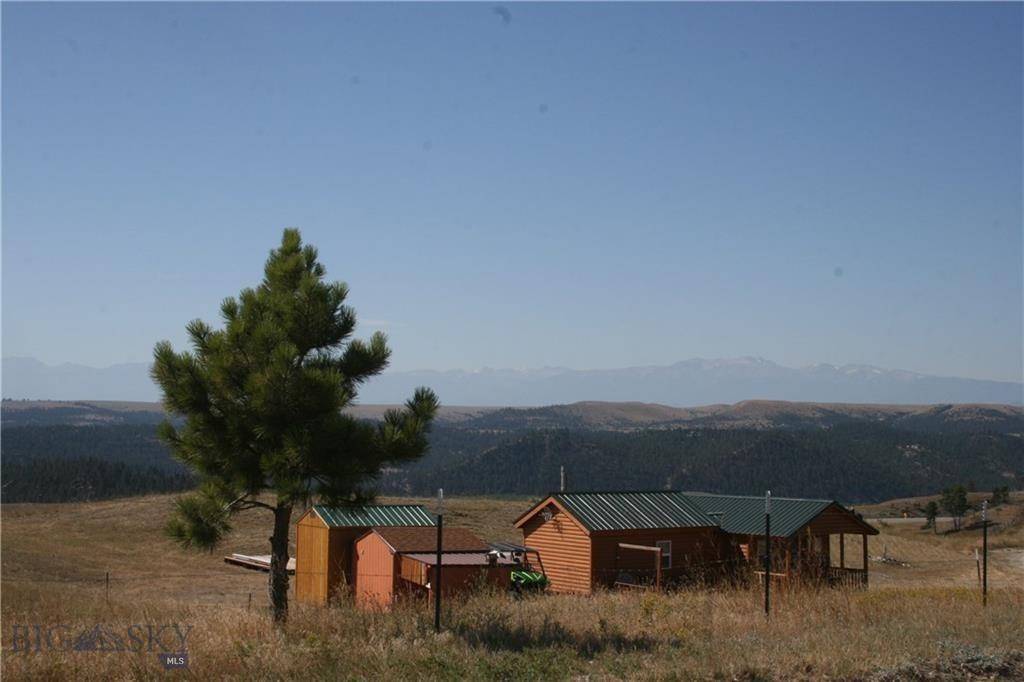 49 Divide Road Property Photo - Columbus, MT real estate listing