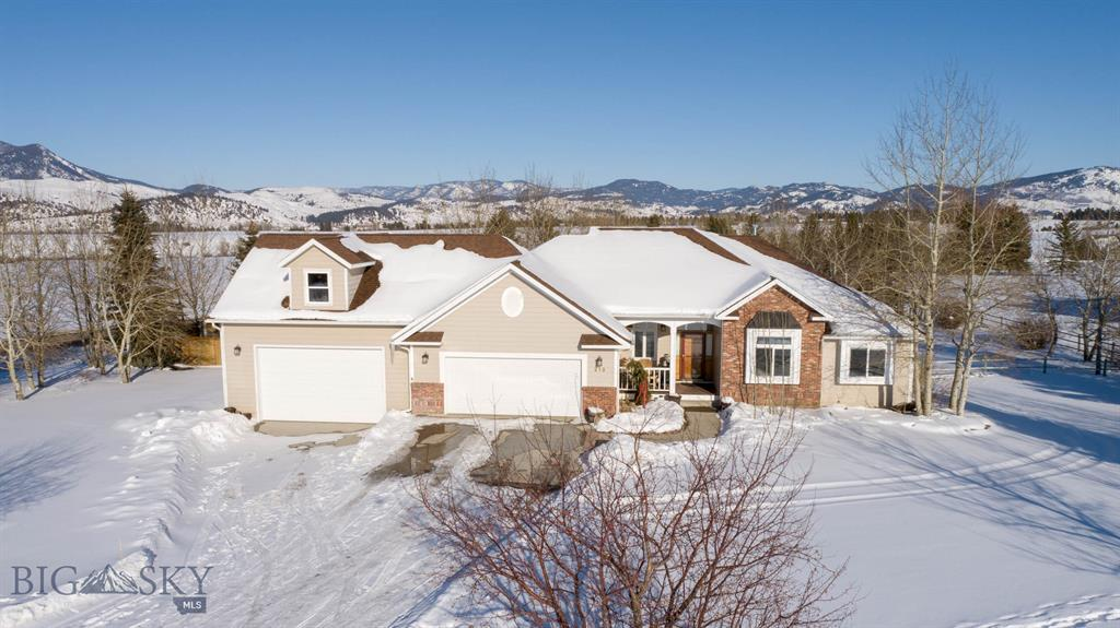 212 Painted Hills Road Property Photo - Bozeman, MT real estate listing