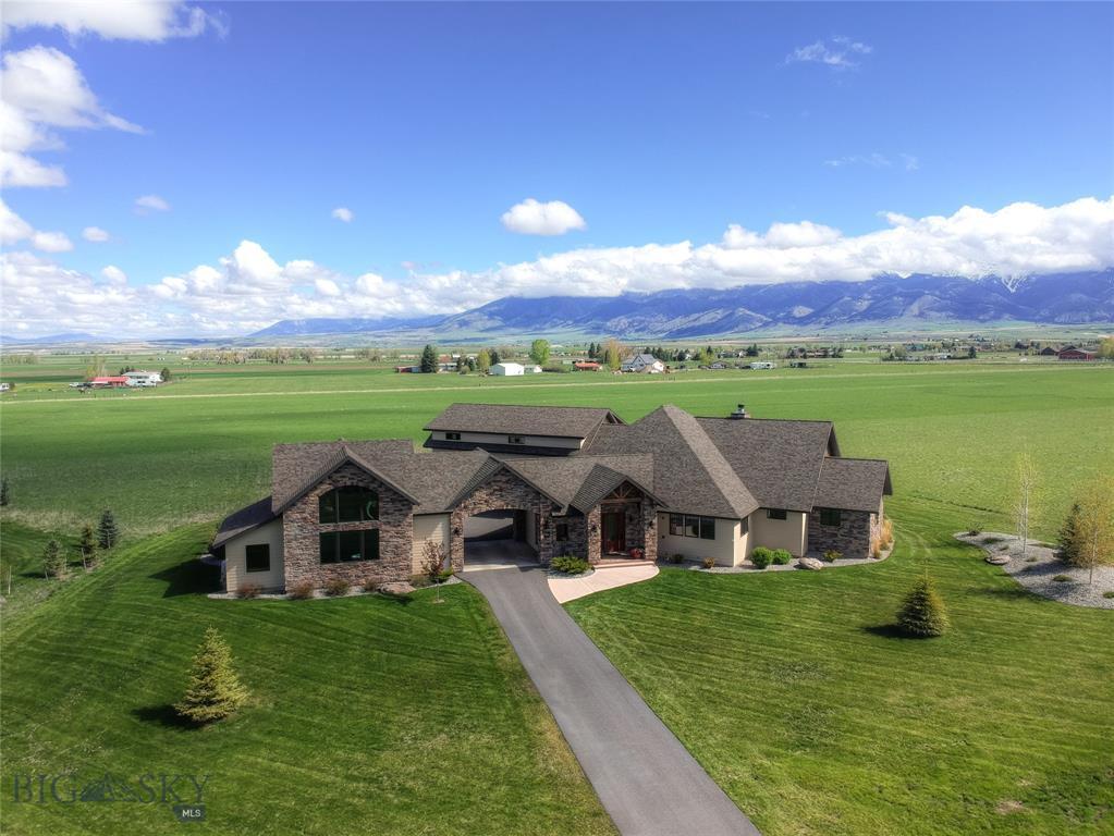 441 Farmland Crossing Property Photo