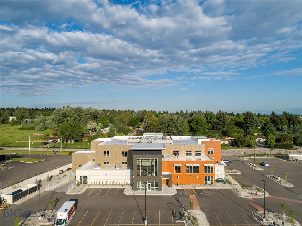 200 Highland Boulevard #202 Property Photo