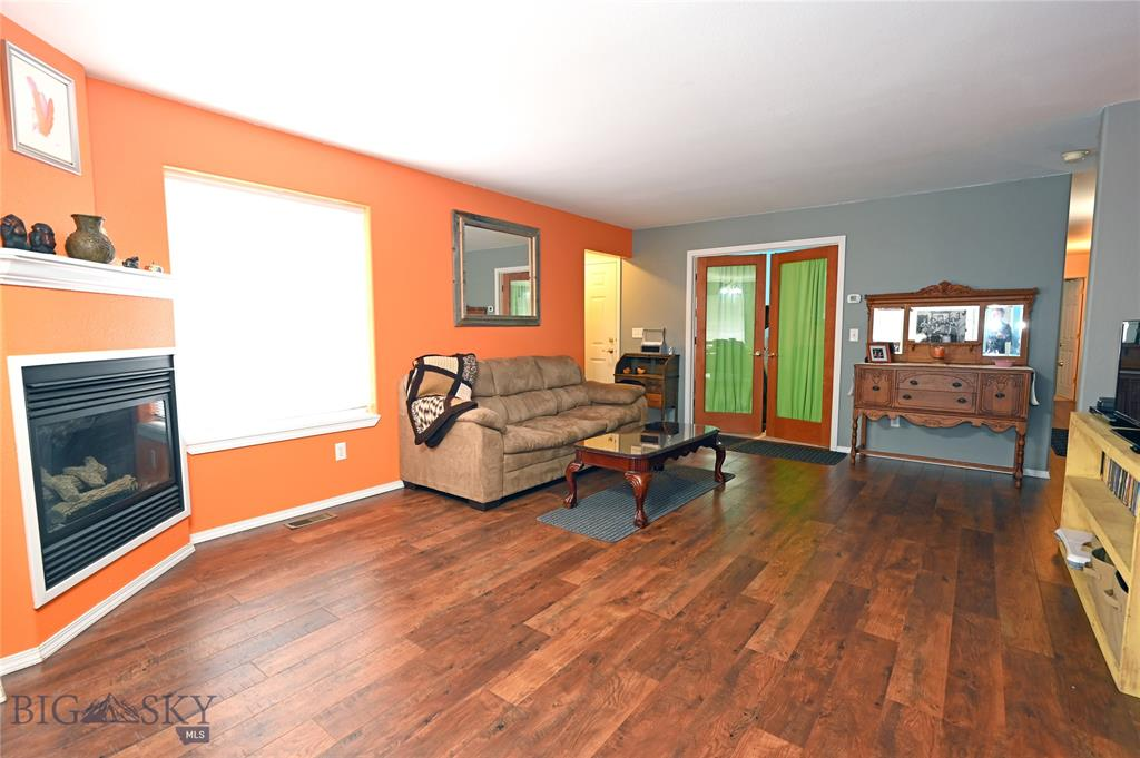893 Forestglen #1C, Bozeman, MT 59718 - Bozeman, MT real estate listing