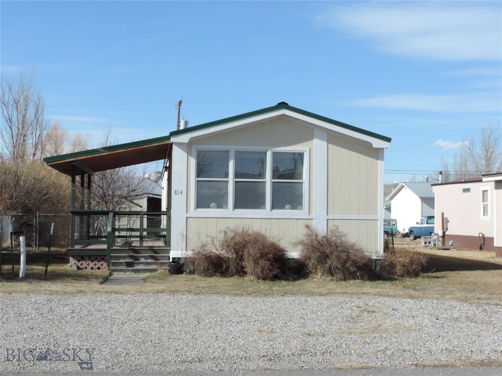 814 E 3rd Property Photo