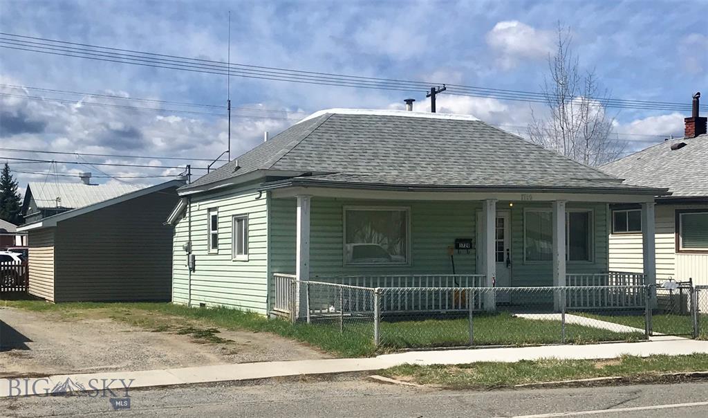 1729 Florence Avenue Property Photo