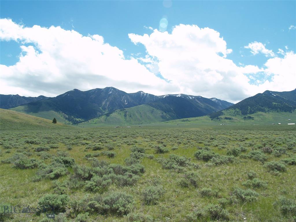 Buffalo Lance Ranch Real Estate Listings Main Image