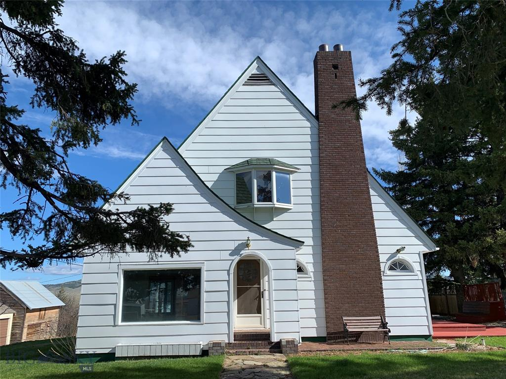 301 E Crawford Property Photo - White Sulphur Springs, MT real estate listing