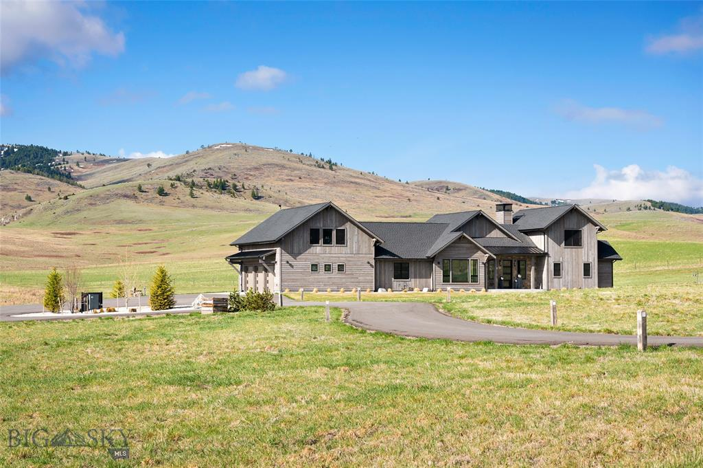 3260 Stampede Trail Property Photo