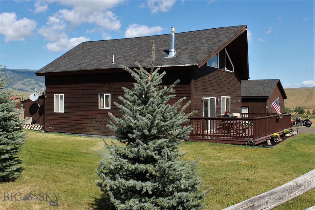 Blue Ribbon Manors Real Estate Listings Main Image