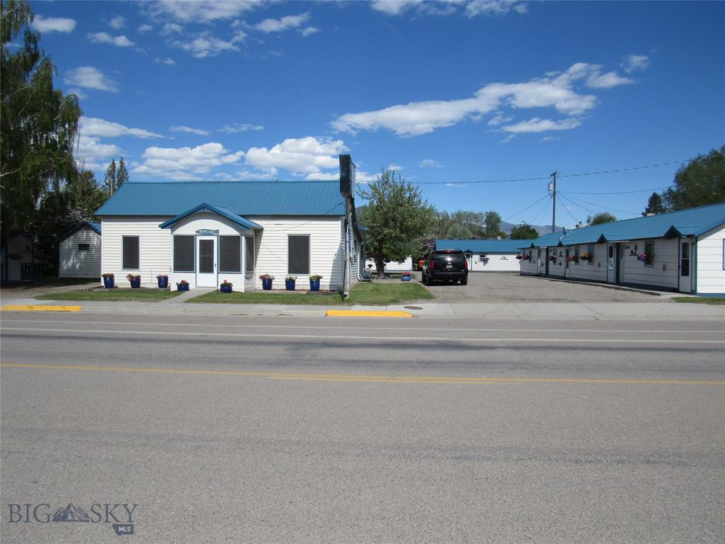 307 S Main St Property Photo - Twin Bridges, MT real estate listing