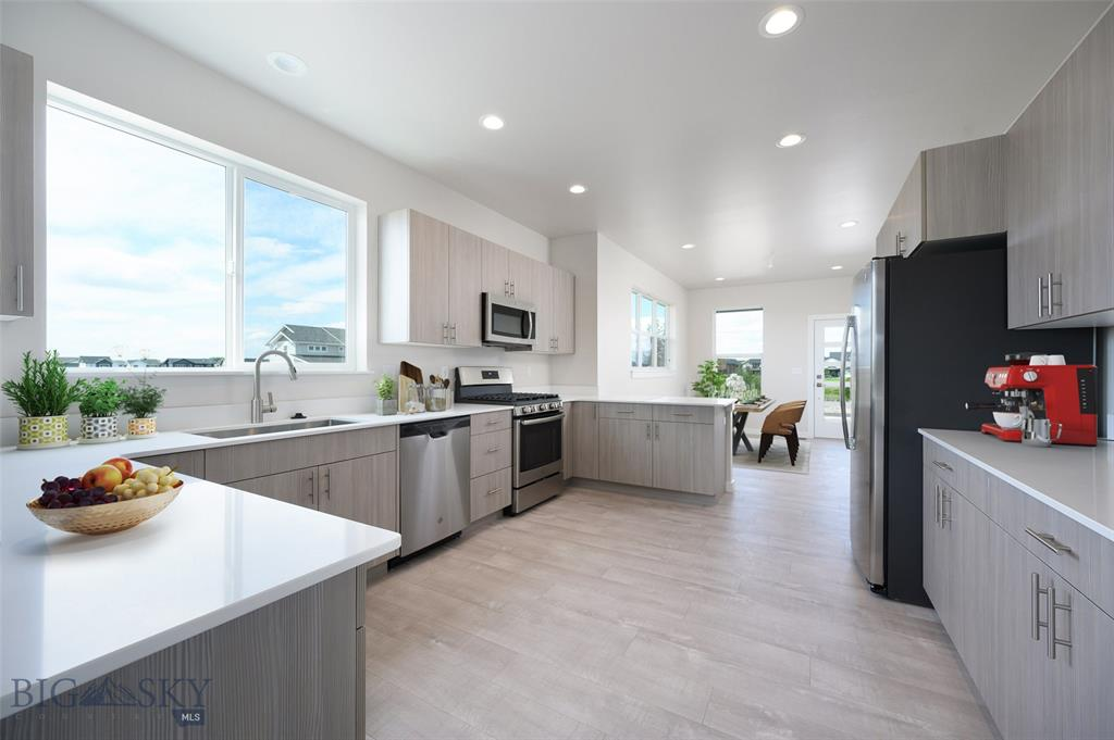 496 Westgate Avenue Property Photo
