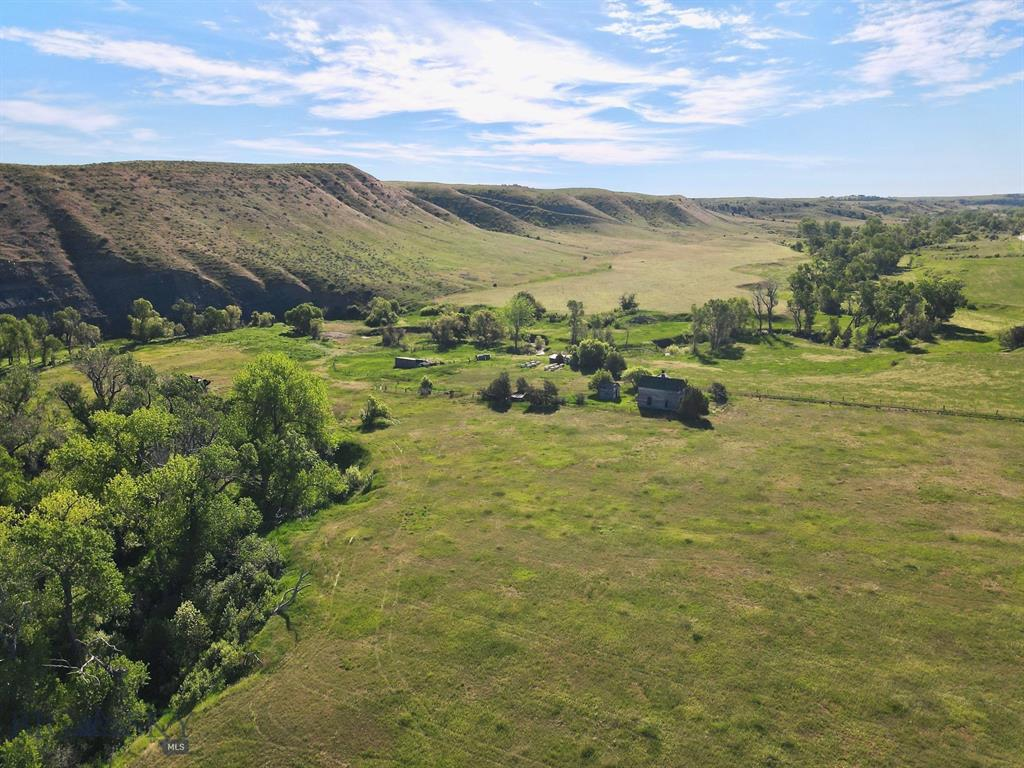 3987 Blue Creek Rd Property Photo - Billings, MT real estate listing