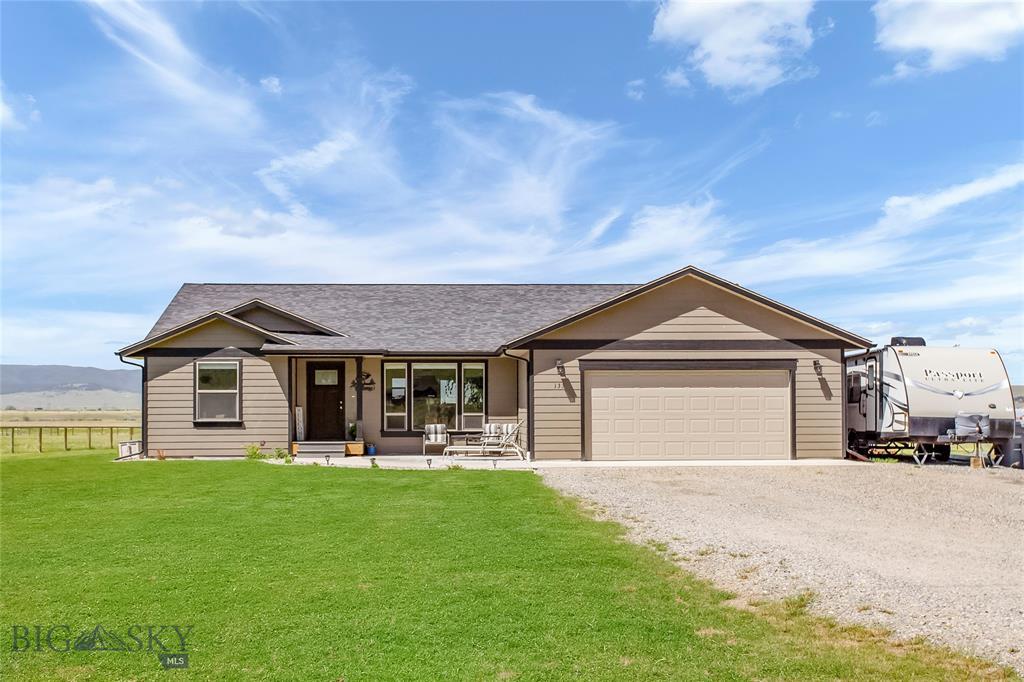 133 Tomahawk Property Photo