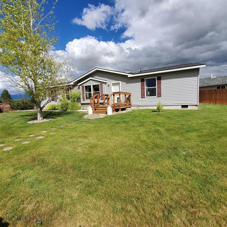 701 S Cedar Property Photo