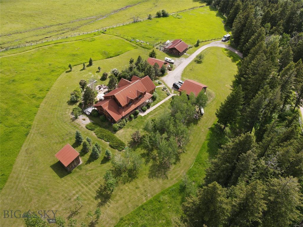 200 Deep Creek Property Photo