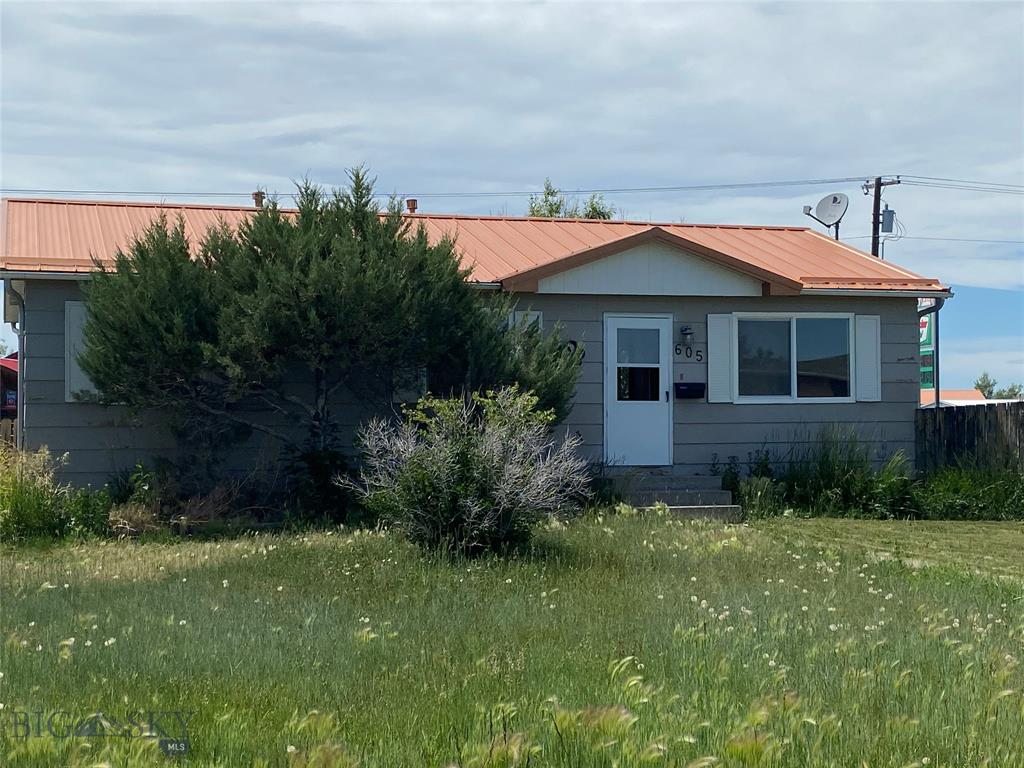 605 Madison Way Property Photo - Great Falls, MT real estate listing