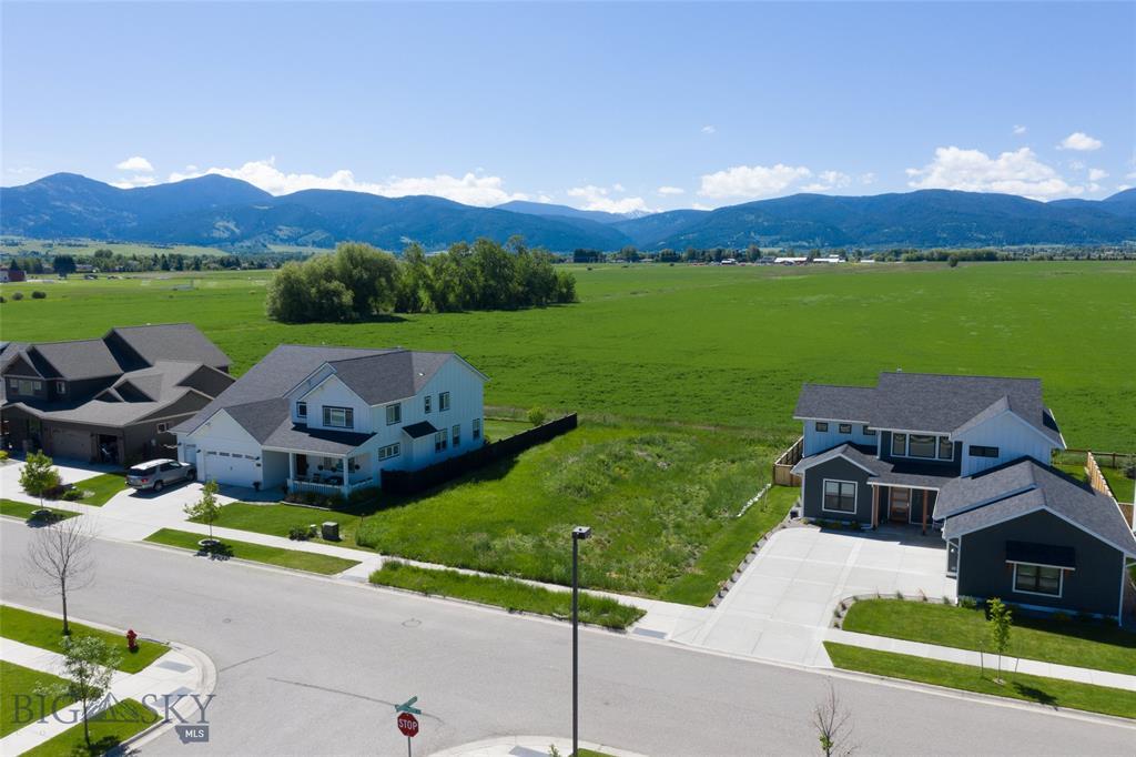 1406 Alder Creek Drive Property Photo - Bozeman, MT real estate listing