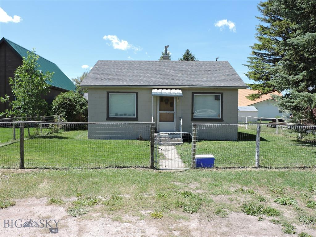 306 S Madison Property Photo - Twin Bridges, MT real estate listing