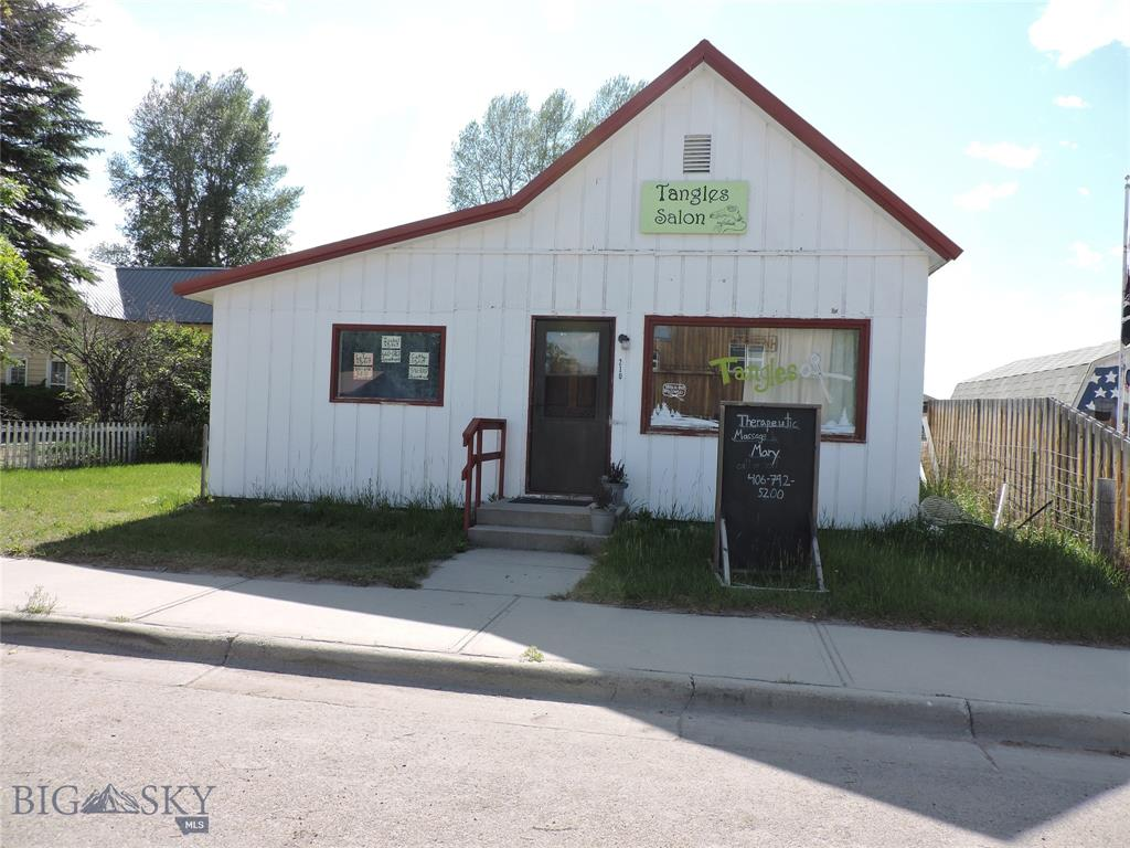 210 S Main Street Property Photo - Twin Bridges, MT real estate listing