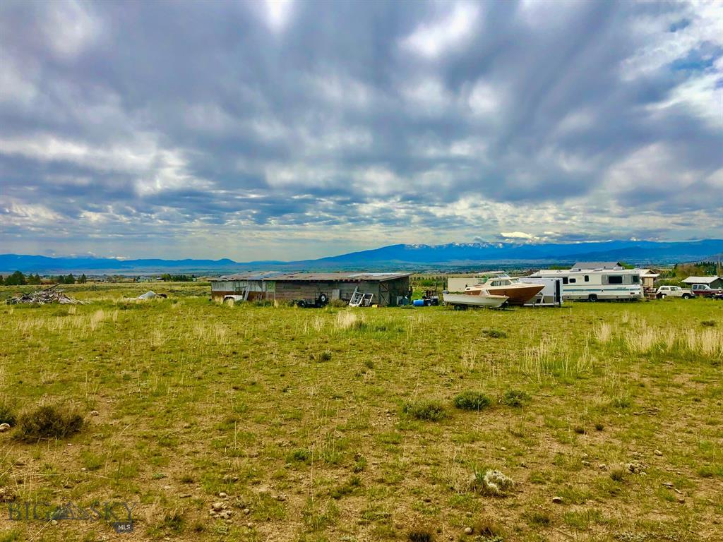 8648 Diamond Springs Drive Property Photo - Helena, MT real estate listing