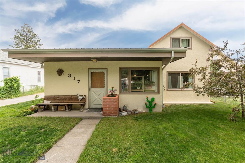 317 S E Street Property Photo