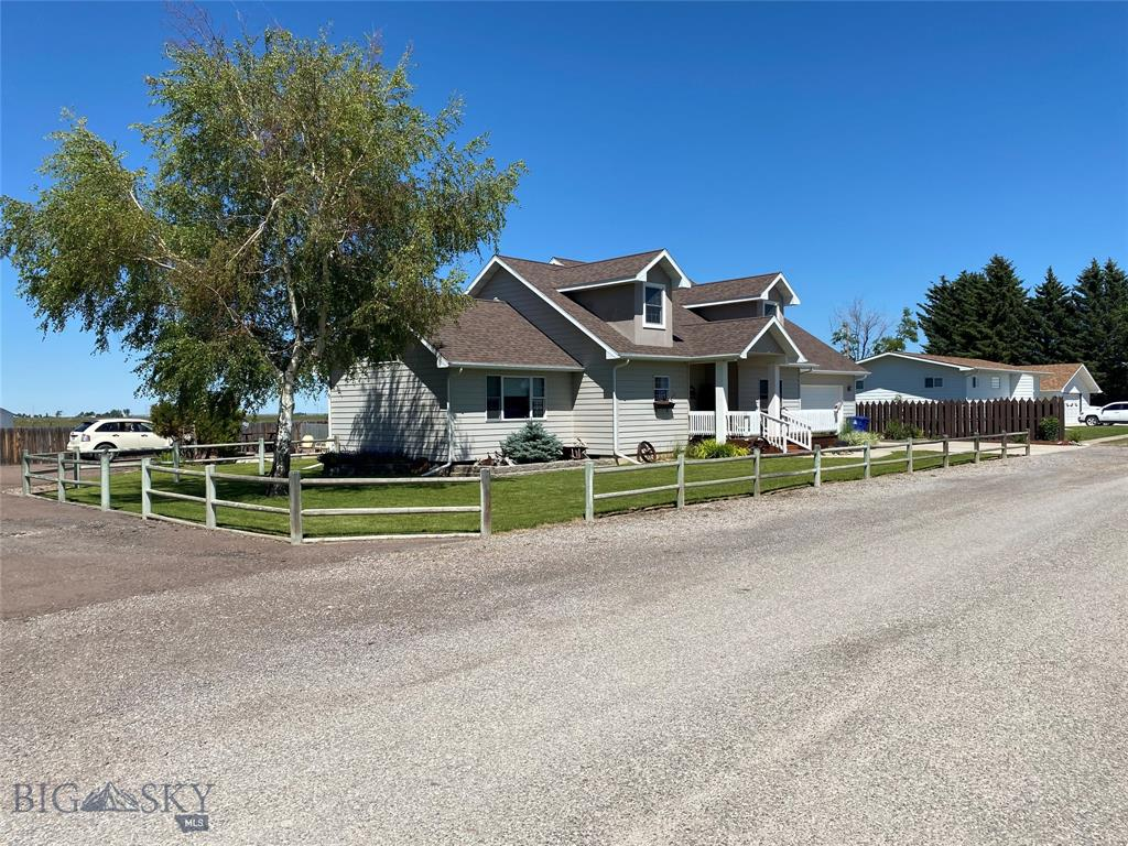 701 3rd Avenue N Property Photo - Fairfield, MT real estate listing
