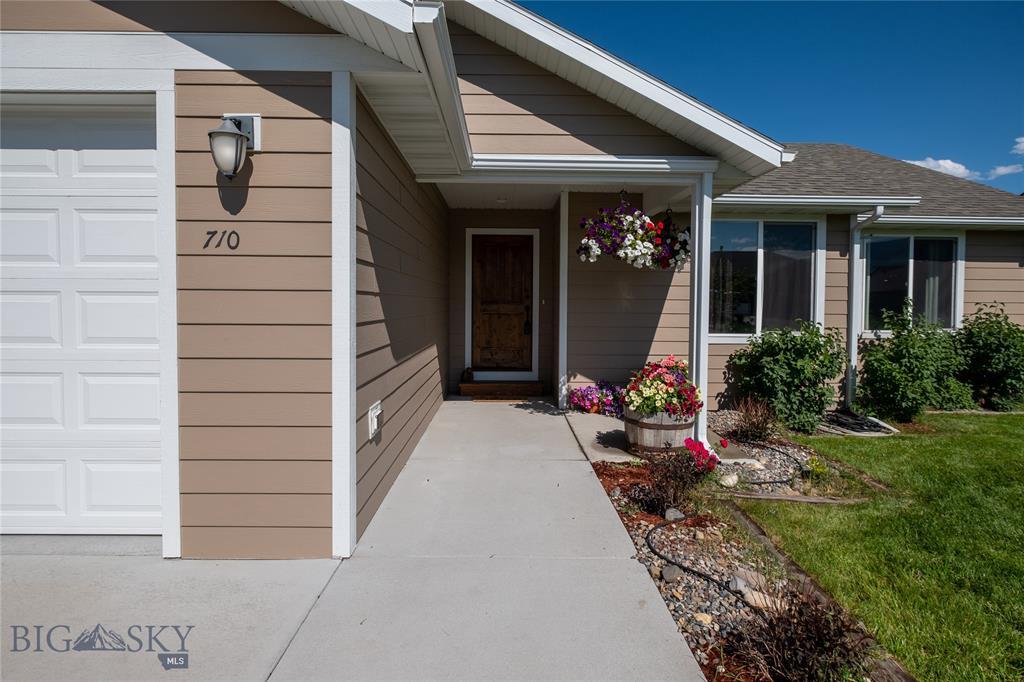 710 Nebula Property Photo