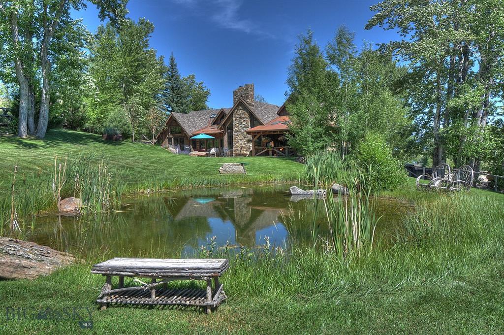 284 S Meadow Creek Road Property Photo