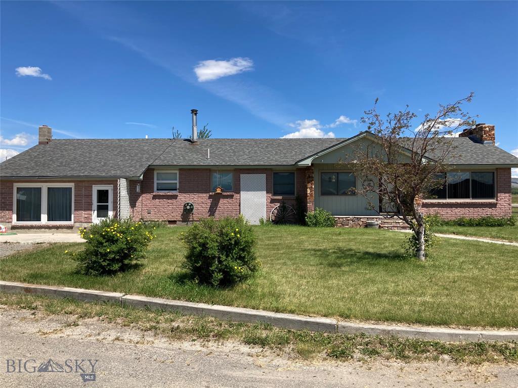 207 Sam Beck Road Property Photo - Deer Lodge, MT real estate listing