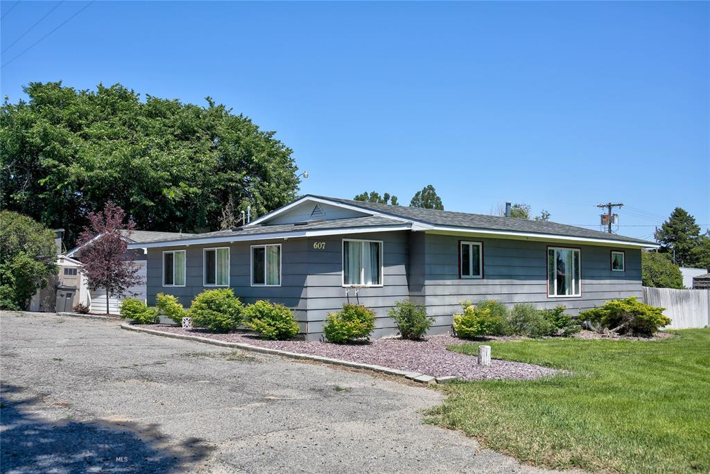 607 W Legion Property Photo