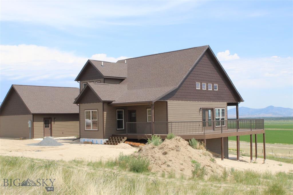 42 Stillwater Drive Property Photo