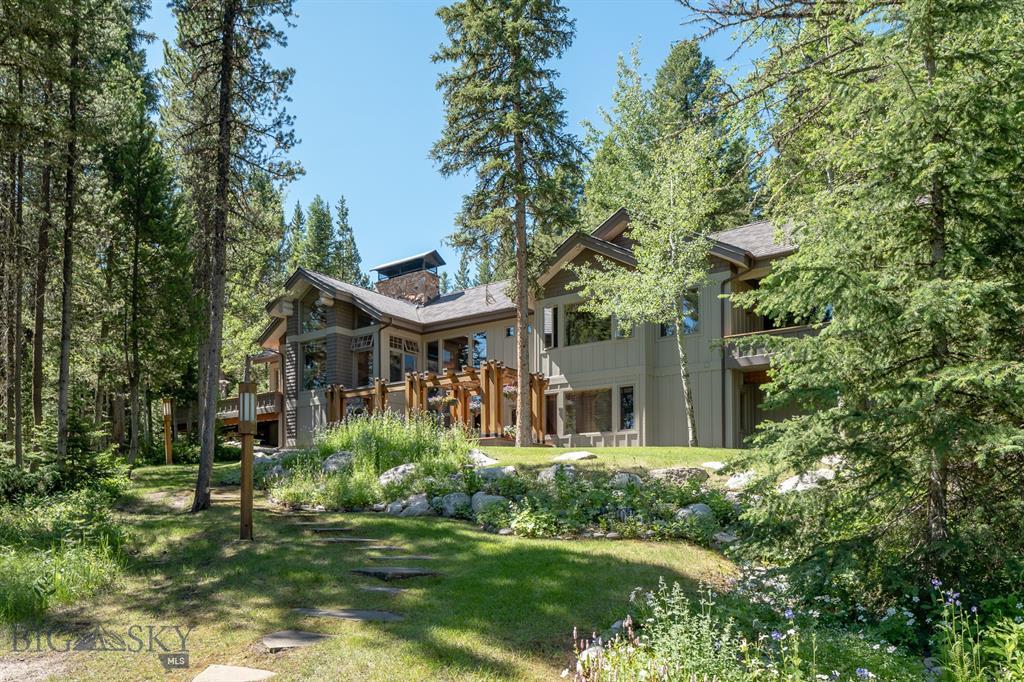 3735 Pinewood Drive Property Photo