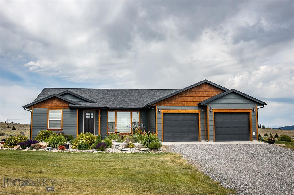 27 Saddlehorn Road Property Photo