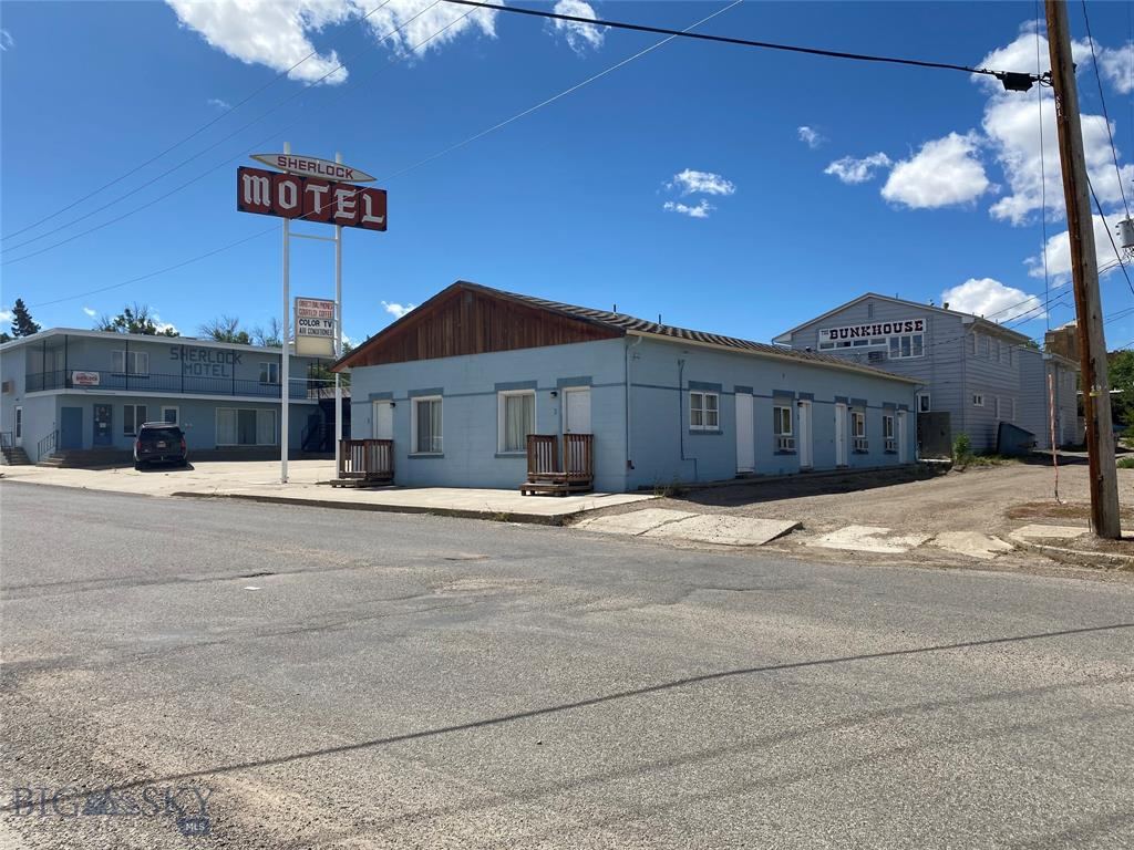 133 5th Avenue S Property Photo - Shelby, MT real estate listing