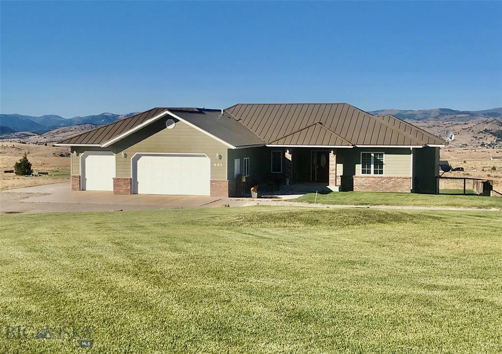 451 Saddlehorn Property Photo