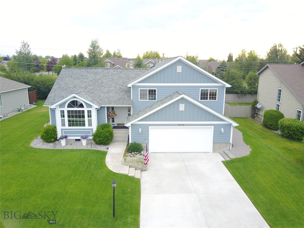 3215 Fieldstone Drive W Property Photo