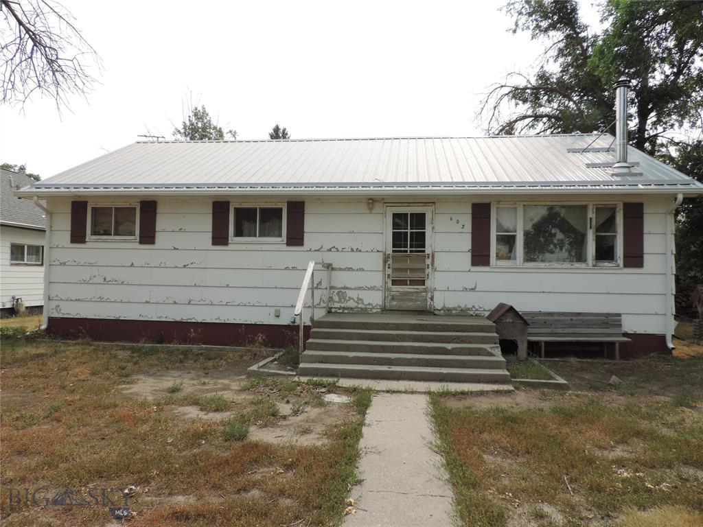 603 E 3nd Property Photo