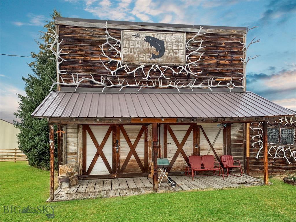 230 N Main Street Property Photo - Wisdom, MT real estate listing