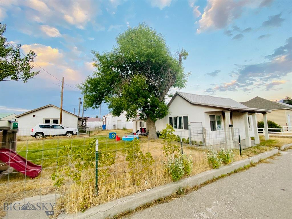 116 & 118 N K Street Property Photo