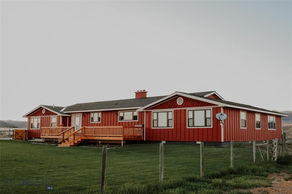 290 Melrose Road Property Photo