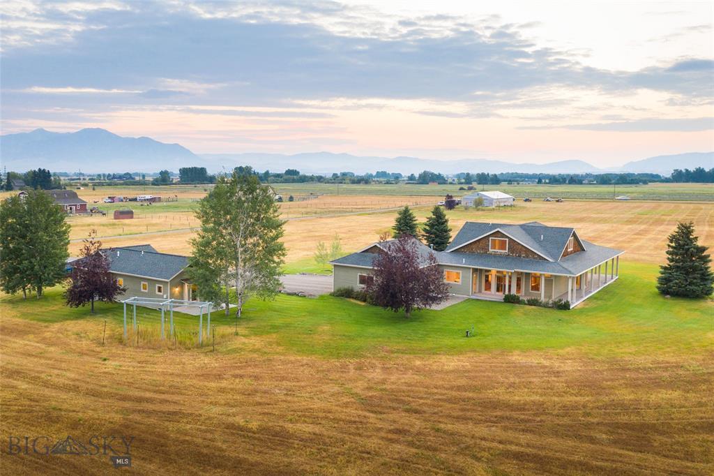 8295 Cottonwood Road Property Photo - Bozeman, MT real estate listing