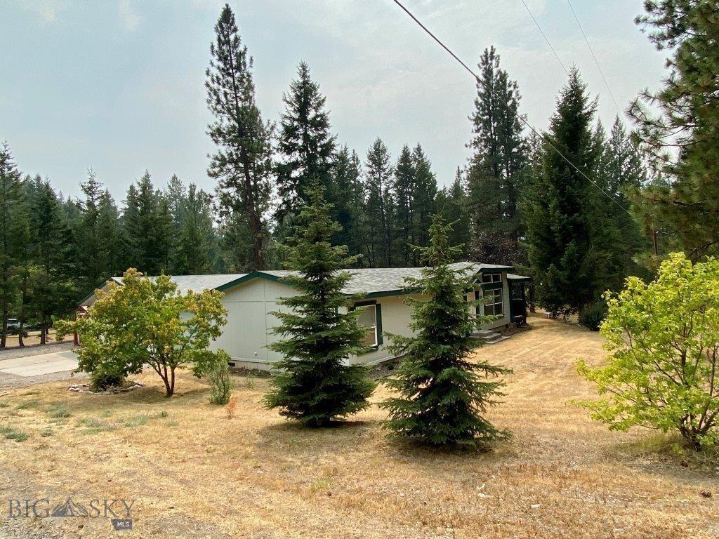 6770 Donovan Creek Rd Property Photo