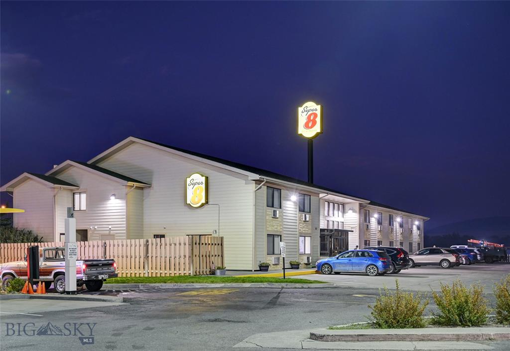 105 Centennial Drive Property Photo