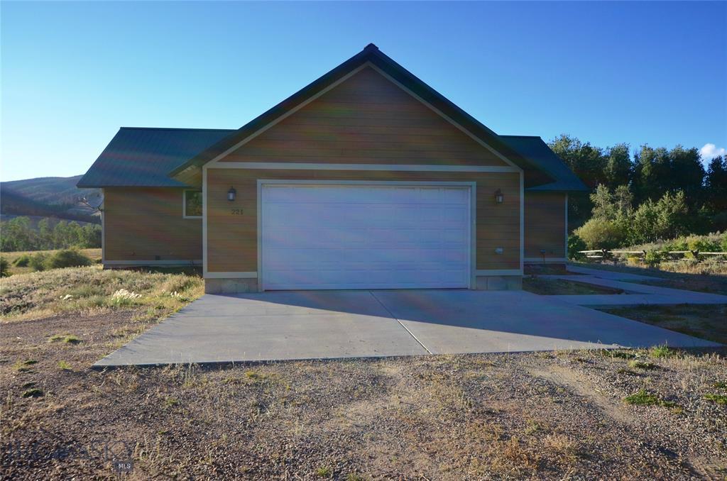 221 Sawtooth Road Property Photo - Polaris, MT real estate listing