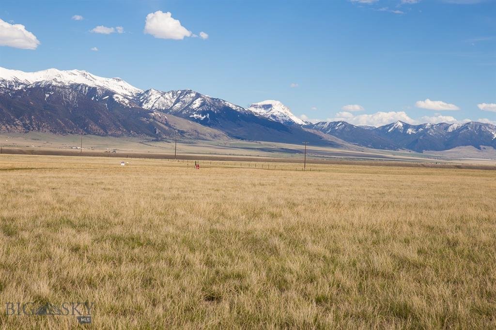 Lot 100 Pronghorn Property Photo