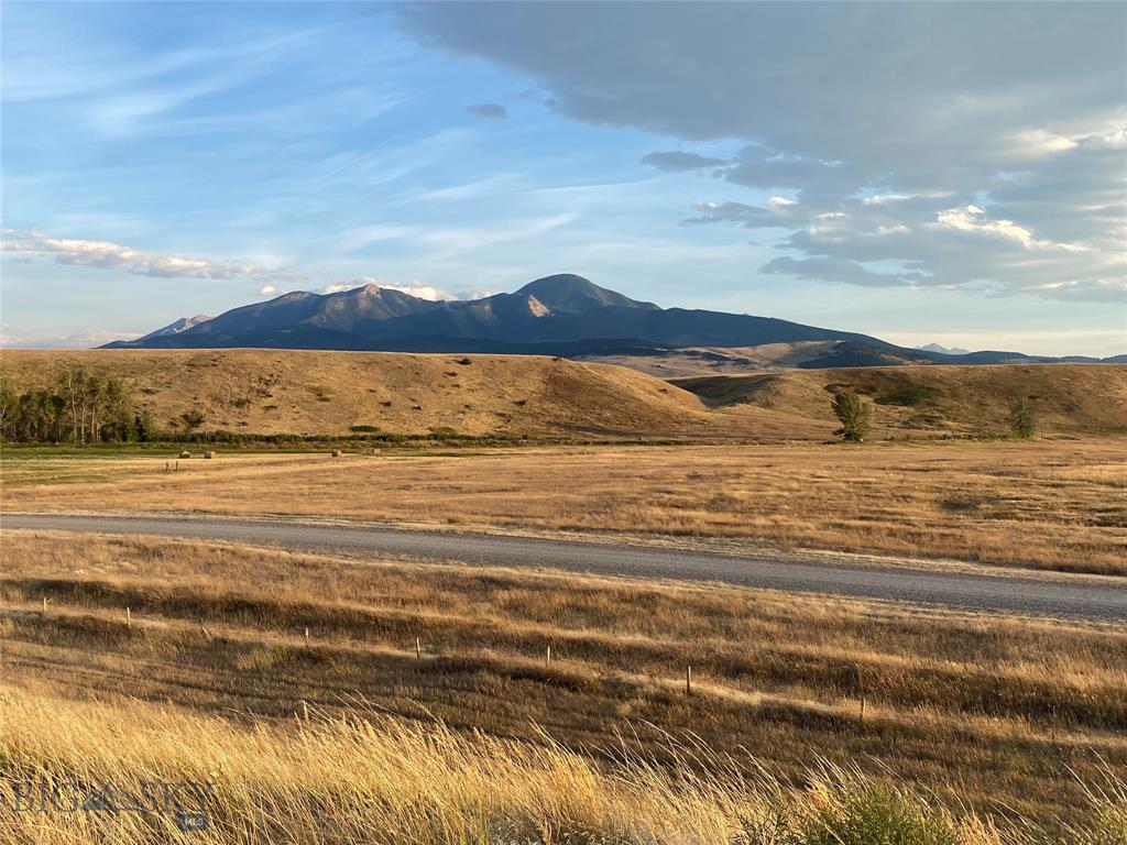 4 Repair Road Property Photo - Livingston, MT real estate listing