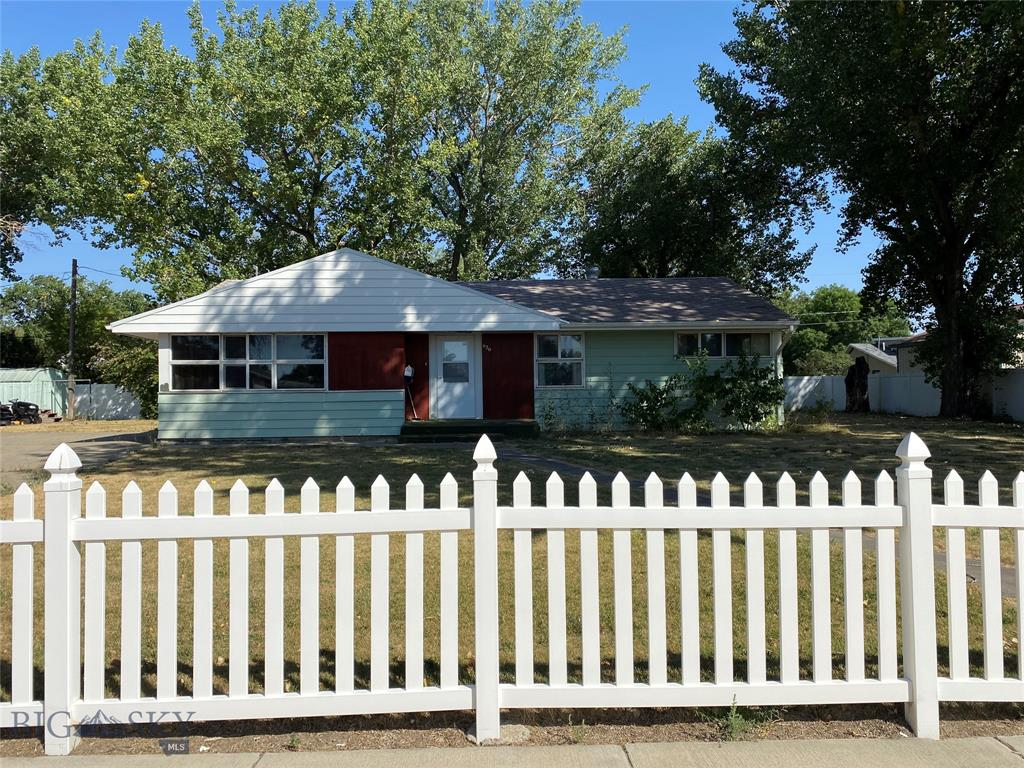 620 Hill Avenue Property Photo - Shelby, MT real estate listing